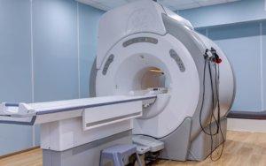 В основе МРТ лежит магнитное поле и радиочастотные импульсы