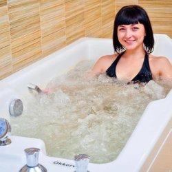 Нарзанные ванны: основные показания и противопоказания к процедуре