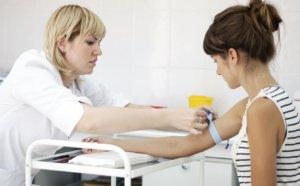 Биохимический анализ крови может много «рассказать» о работе сердца и сосудов