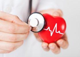 Существует множество показаний, при которых специалисты назначают проведение электрокардиографии