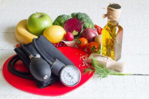 Питание при высоком давлении: полезные и вредные продукты