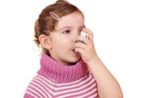 С осторожностью кислородный коктейль нужно давать детям, болеющим бронхиальной астмой!