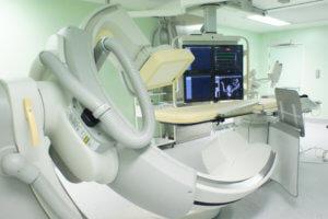 В основе коронарографии лежат рентгеновские лучи