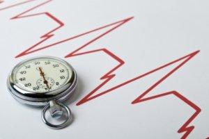 Учащение пульса могут вызвать физиологические и патологические причины