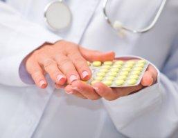 Лечение зависит от стадии и формы патологии