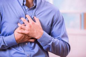 Симптомы патологии зависят от степени и места поражения миокарда
