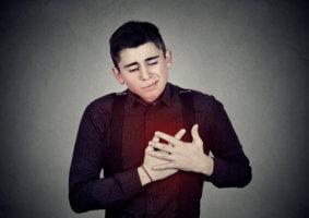 Обычно у подростков диагностируется гипотонический тип ВСД