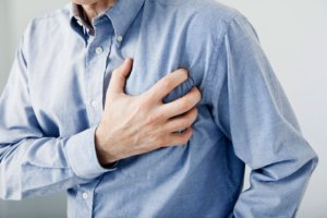 Кардиосклероз может осложниться хронической сердечной недостаточностью