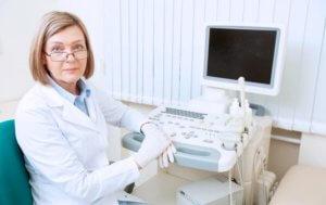 УЗИ позволяет визуализировать полость аневризмы и измерить ее размеры
