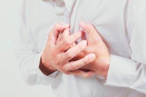 Запущенный экссудативный перикардит может вызвать острую тампонаду сердца