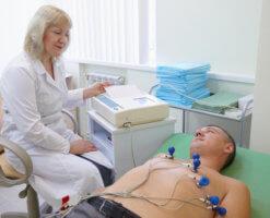 Чтобы подтвердить диагноз нужно сделать ЭКГ и УЗИ сердца