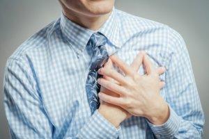 Легочное сердце характеризуется увеличением и расширением правого предсердия и желудочка