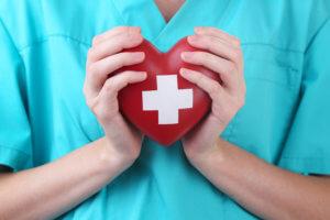 Медикаментозное лечение направлено на активную терапию основного заболевания!