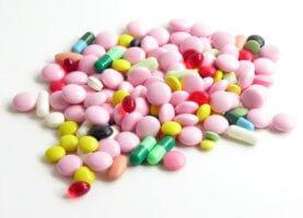 Медикаментозная терапия направлена на устранение основной причины брадикардии