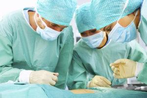Операция показана при сильной боли в яичке и бесплодии