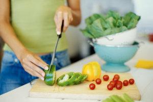 Чтобы поддерживать давление в норме нужно вести правильный и здоровый образ жизни