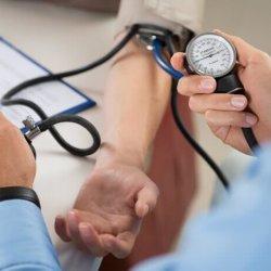 Пониженное давление и учащенный пульс: основные причины состояния