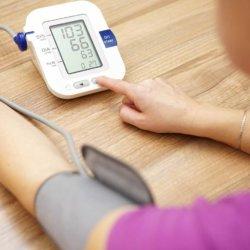 Как повысить пониженное давление: лекарства, рецепты, продукты питания