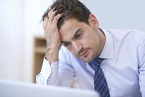 Синяки коричневого оттенка говорят о нарушениях в работе сердечно-сосудистой системы