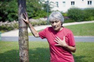 Симптомы зависят от формы и стадии ДН
