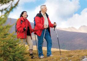 Ходьба на свежем воздухе улучшает кровообращение и насыщает организм кислородом
