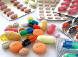 Терапия включает в себя прием противоэпилептических препаратов