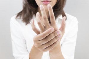 Отек рук у беременных может указывать на развитие нефропатии