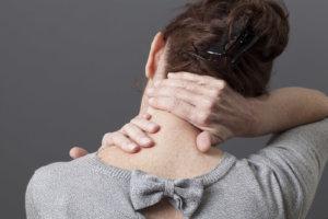 Боль появилась очень резко и долго не походит? – Нужен врач!