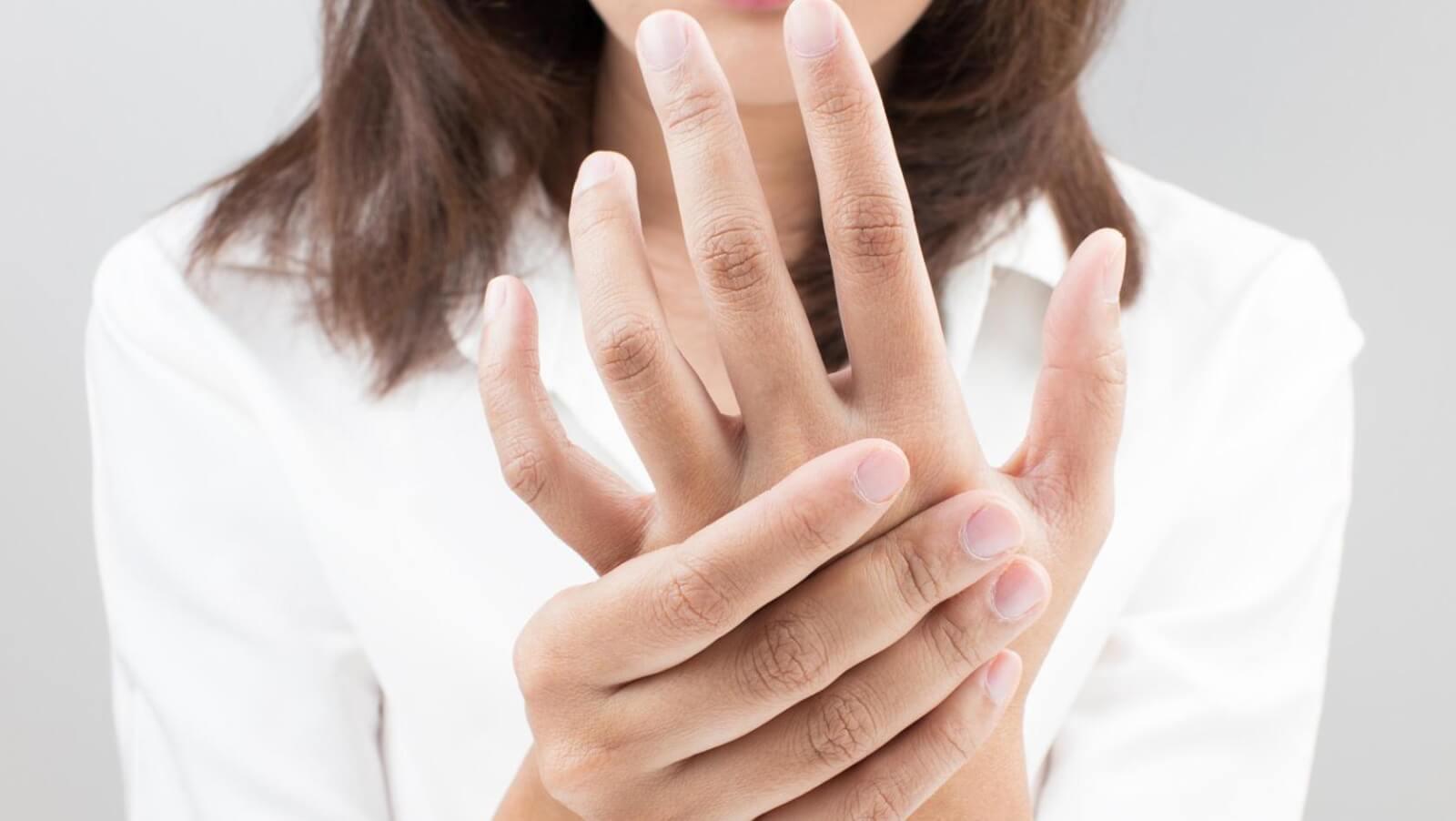 Что такое склеродермия, как она проявляется и лечится?