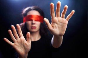 Корковая слепота, в сравнении с другими расстройствами зрения, возникает очень редко