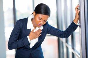 Одышка – это нарушение глубины и частоты дыхания, которое сопровождается чувством нехватки воздуха