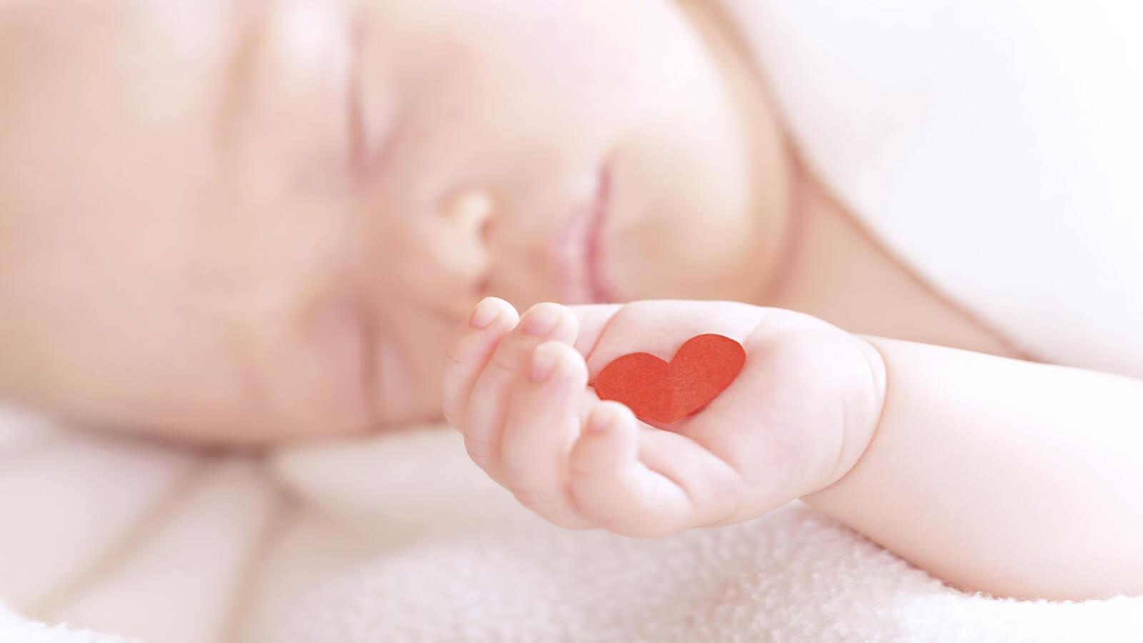 Порок сердца у новорожденных: симптомы, фазы протекания и необходимое лечение