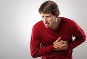 При наличии аневризмы аорты проводить ВЭМ категорически запрещено!
