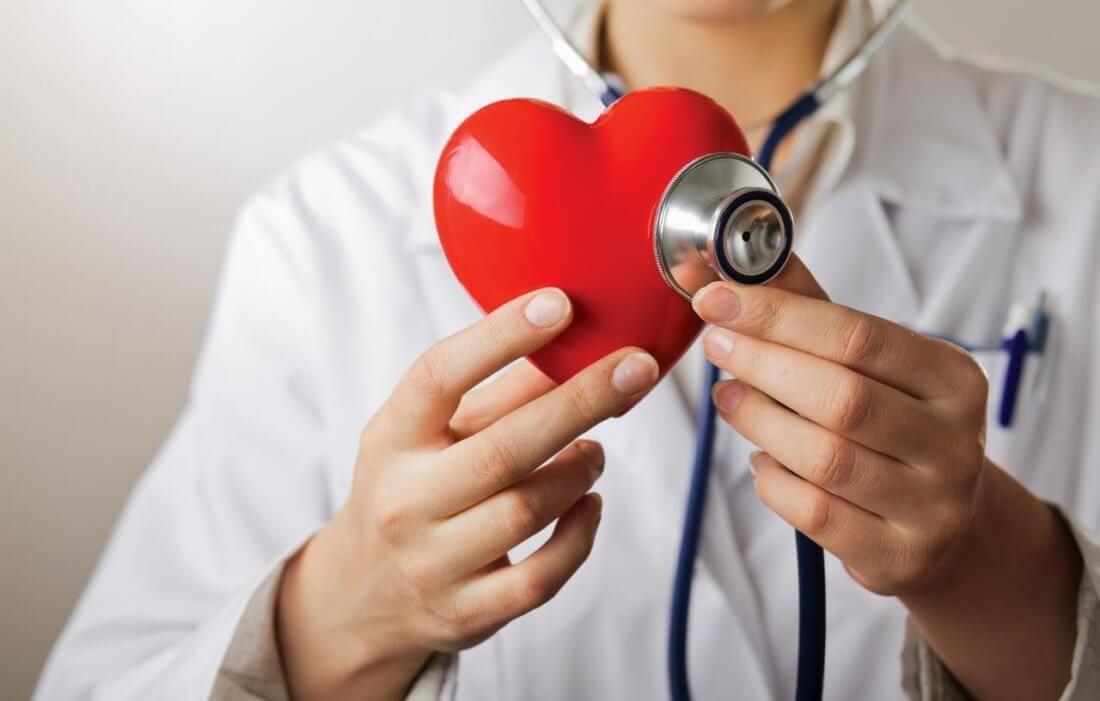 Шум на верхушке сердца поражение клапана