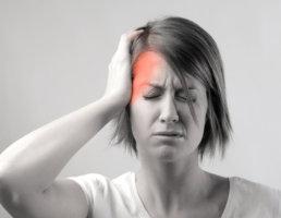 Боль сопровождается другими тревожными симптомами? – Нужен врач!