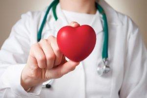 Медные браслеты нормализуют повышенное артериальное давление