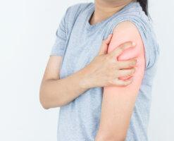 Онемение левой стороны тела может свидетельствовать о развитии серьезной патологии