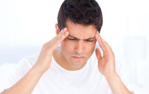 Основные симптомы и первая помощь при сотрясении головного мозга у взрослых