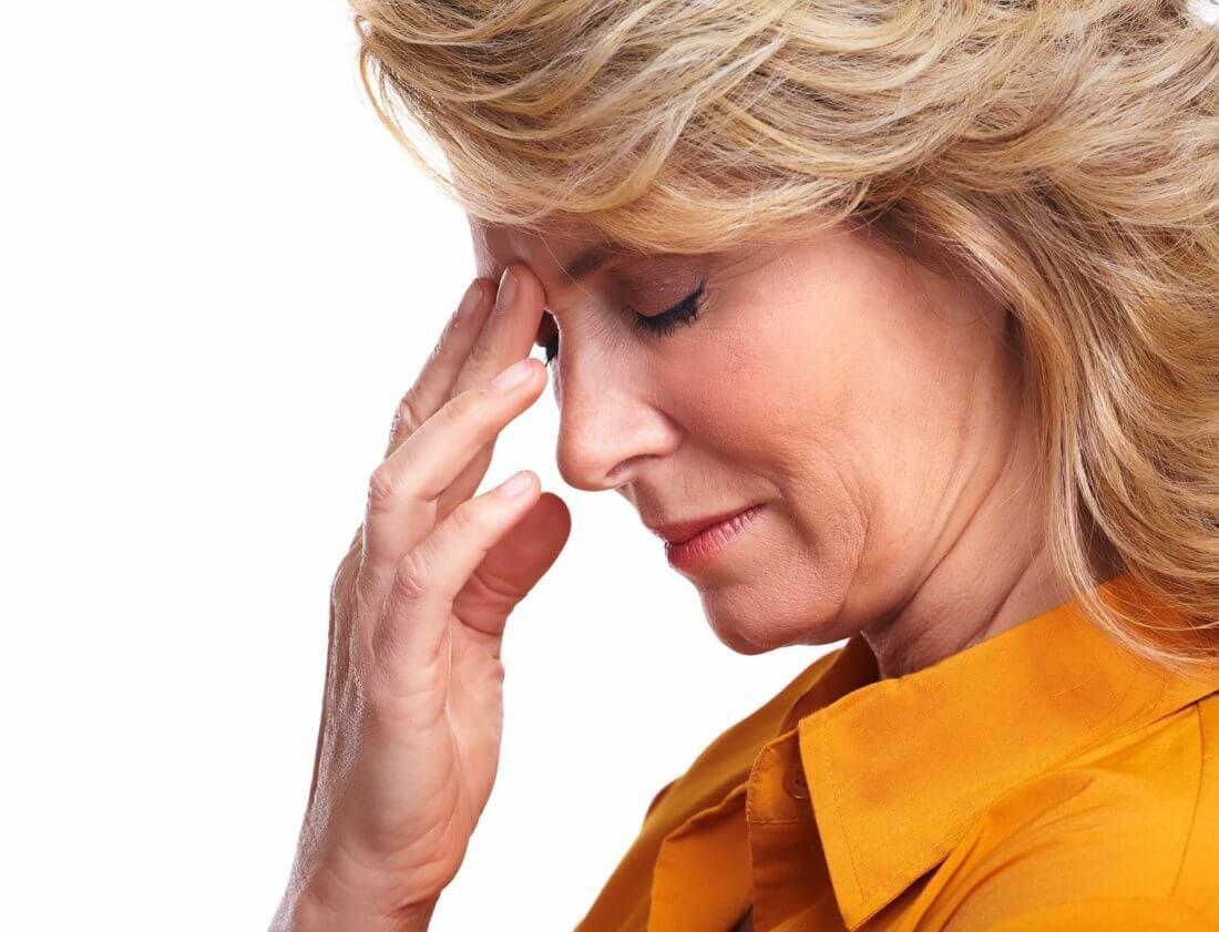 В период лечения может возникнуть головная боль и головокружение