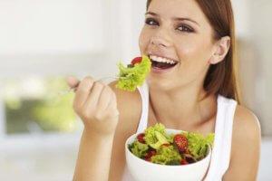 Питание должно быть дробным и частым, без переедания
