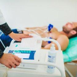 Что означает предсердный ритм на ЭКГ: виды нарушения и методы лечения