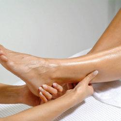 Чем полезен массаж при варикозе и как его правильно делать